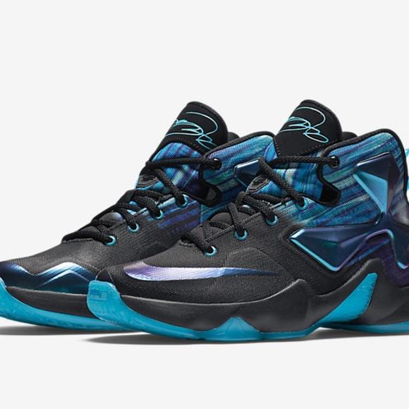 super popular 2f853 dbcdb Nike LeBron XIII. M 5c3615aa2beb796d4010adaf